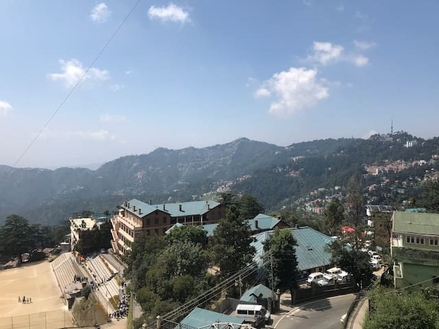 Katy's place Shimla | Walk to Mall | Free parking