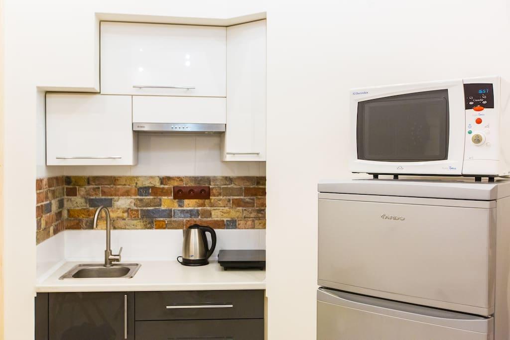 Кухонная часть студии