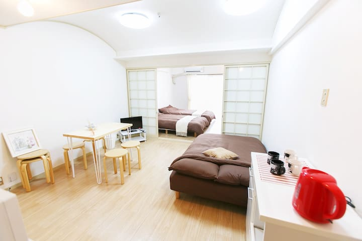 Shinosaka 102 /3 beds up to 6 ppl