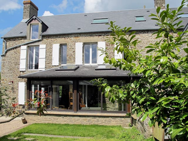 Holiday home in Les Moutiers-en-Cinglais