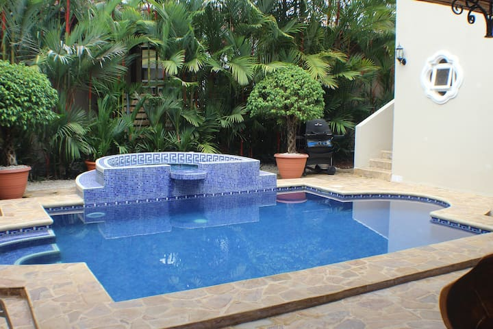 Casa Tuanis by Vacation Pura Vida