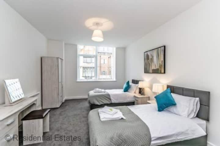 BRAND NEW - City Suites - Sleeps up to 6
