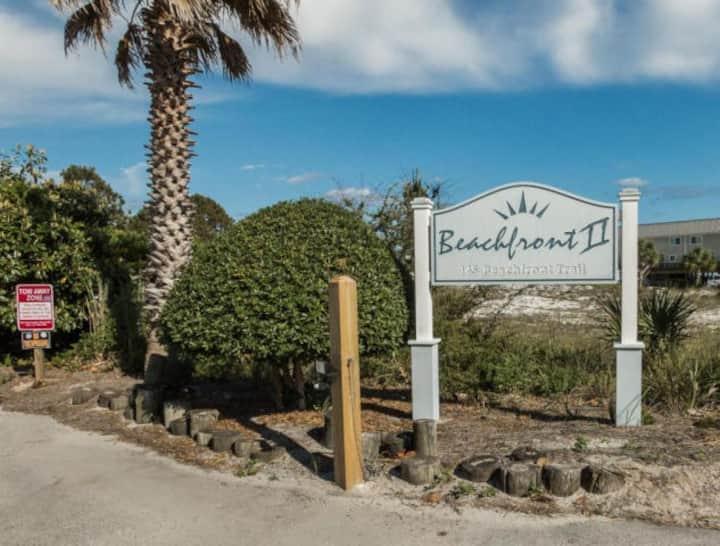 Beach Destination-OPEN! BrandNewPool& HotTubToo!