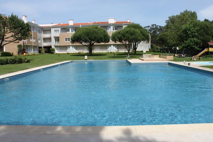 Esposende (Ofir) - T2 em condomínio com piscina