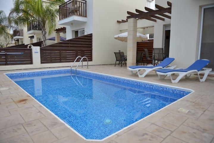 Mickey3, private pool, wifi, FREE CAR,  beach,