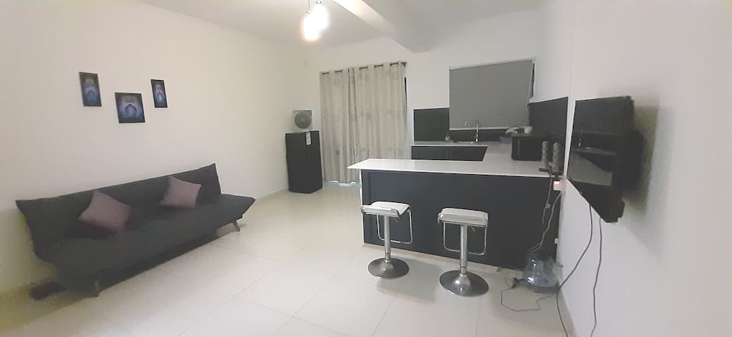 New cozy Appartment in Flic en Flac with wifi