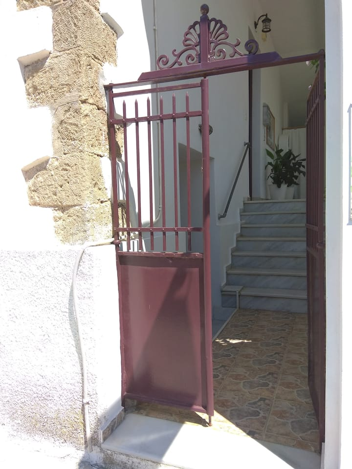 SUCCÈS, ground floor apartment