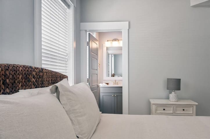 "Bedroom 1 - Queen Tempurpedic Mattress with 50"" LG HDTV & private bathroom!"