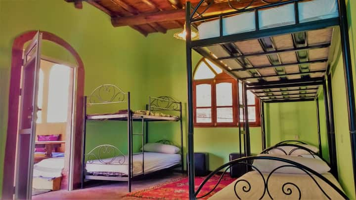 Hostel Dounia - Breakfast Included - Shared Room