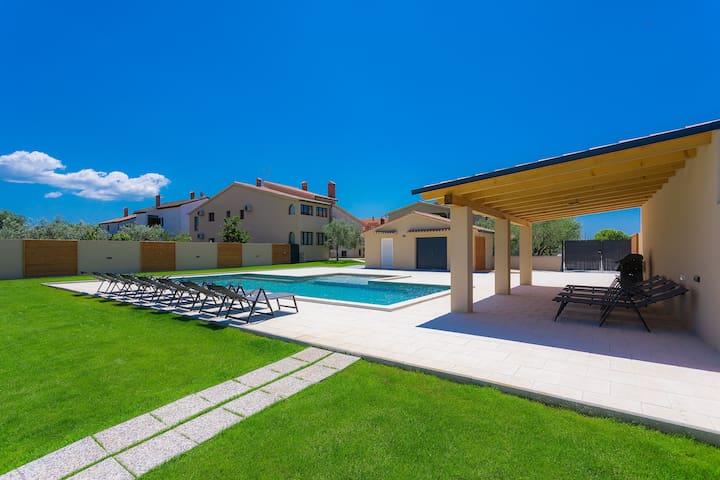 Villa Dragash