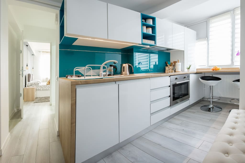 Ultra modern and fully equipped kitchen