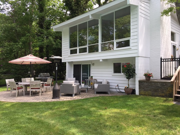 Great Location Westhampton Short Walk to Village