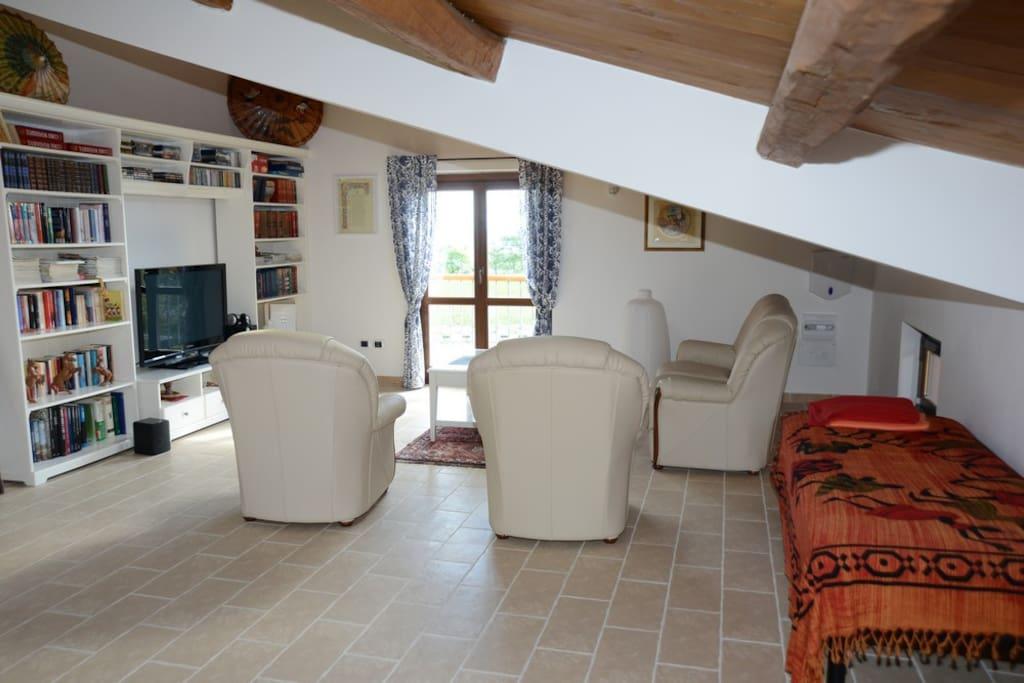 Colle delle Meraviglie - Living room