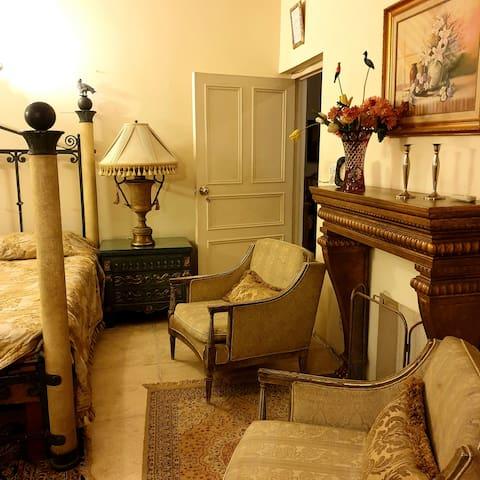 One bedroom M.M.Alam Road