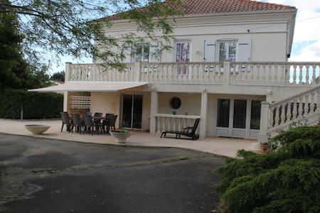 Maison de vacances à Cazaux - Ла-Тест-де-Бюш - Дом
