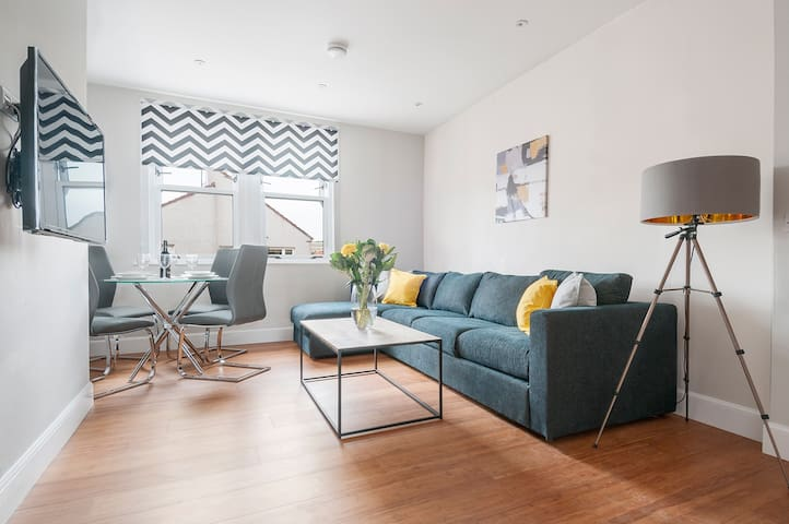 Dalkeith 3 Bedroom Apartment