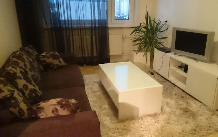 Cozy full appartment near city - Talin - Apartamento