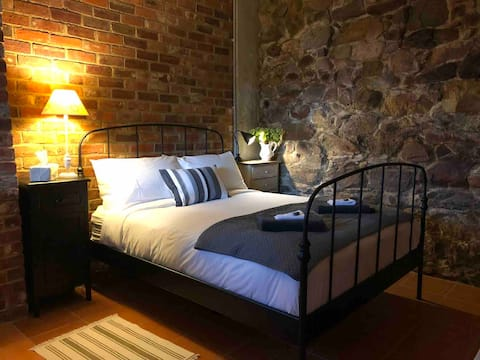 Romantic Rock Cottage Omeo
