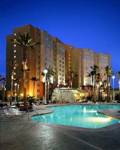 Grandview Las Vegas 1 bdrm condo