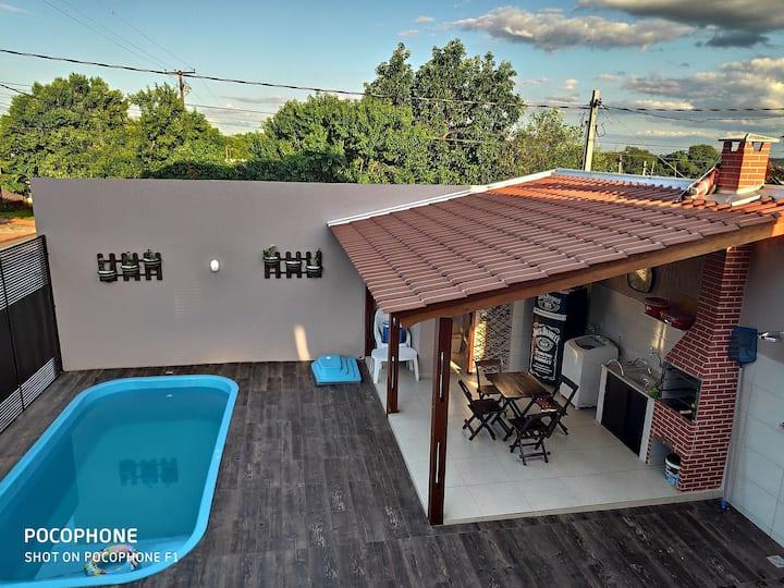 Catuai cataratas com piscina e excelente localização !!