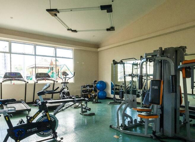 Apartamento amueblado en condominio en Curridabat