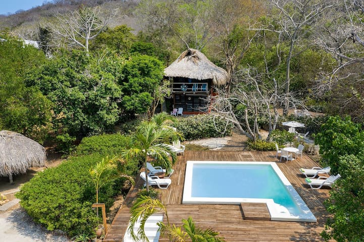 Car069 - 4 bedroom rustic house with pool in Cartagena