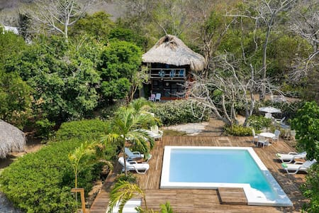 Car069 - Maison rustique de 4 chambres avec piscine à Carthagène