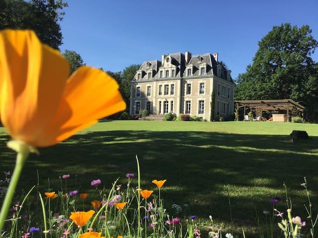 Chambre Anne de Bretagne du Chateau des Essards