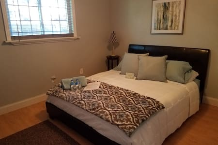 The Sanctuary House at Plano TX. Single Bedroom.