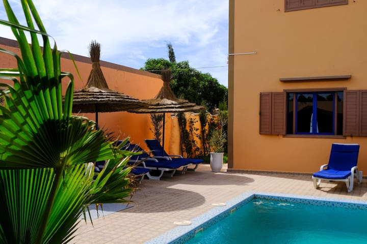 Double Room 2 with swimming pool view (DAR IZIKI)