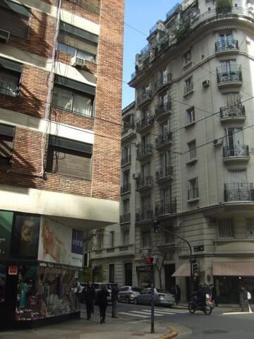 Excelente depto. en zona elegante de Buenos Aires