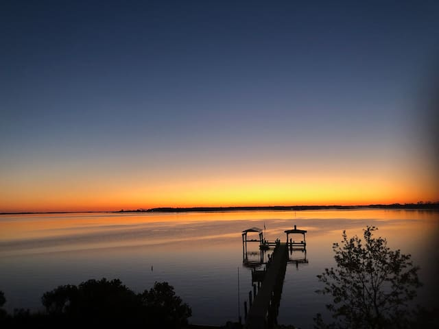 Escape to Paradise on the Pamlico River-