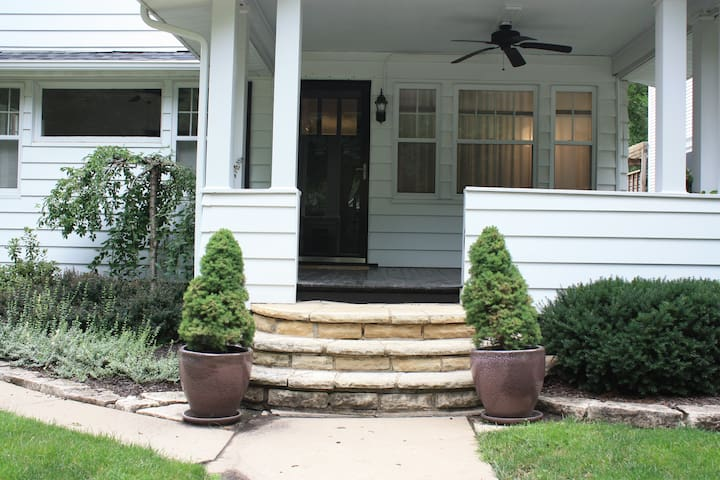 Looking for a long term stay? - Cedar Rapids - House