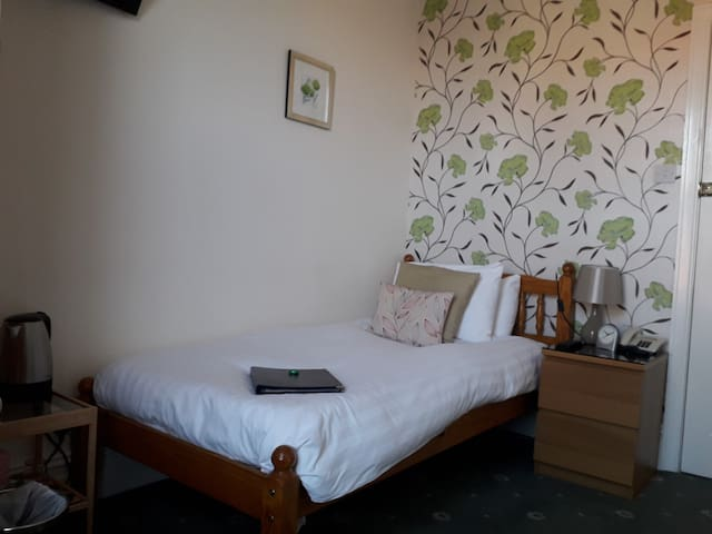 Standard Single Room at Edendale House