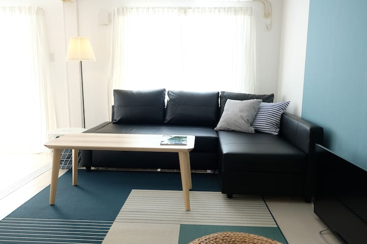 [Top floor & Sea View] 30 min drive from airport!
