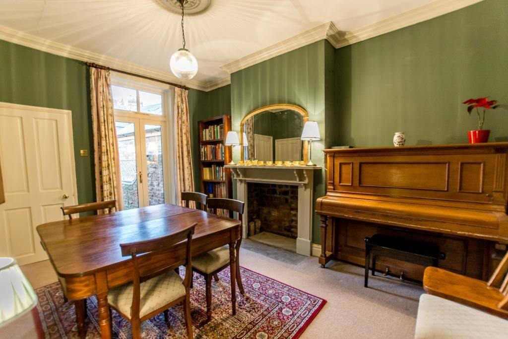 Dining room - with Steinway