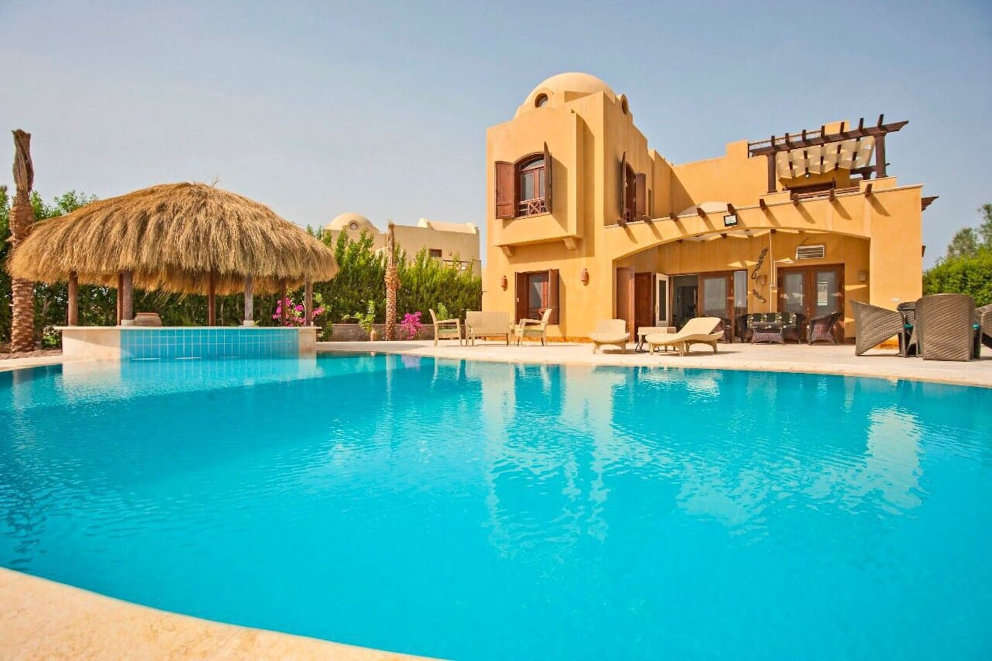 3 Bedrooms Villa for Rent in El Gouna with Private Heated  Pool and Maid's Room