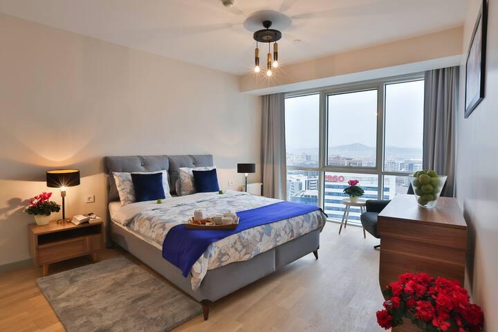 Elite 3 Bedroom Family Residence 18 NEW & STYLISH