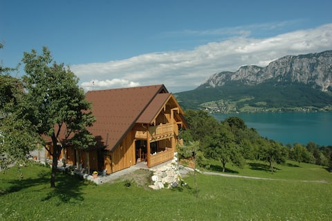 Apartment 2 P.  on Lake Attersee own beach