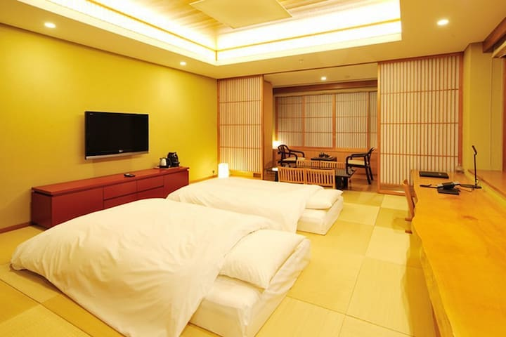ONSEN RESORT IN FOREST ★ Private outdoor bath + Dinner & breakfast included!!  ONSEN RESORT IN FOREST★貸切露天風呂+夕食&朝食付き