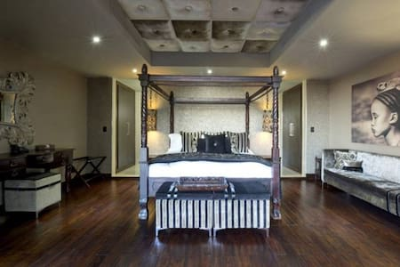 Junior Suite at Palala Boutique Game Lodge