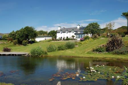 Traumhaftes Domizil an der Südwestküste Irlands - Goleen - Rumah