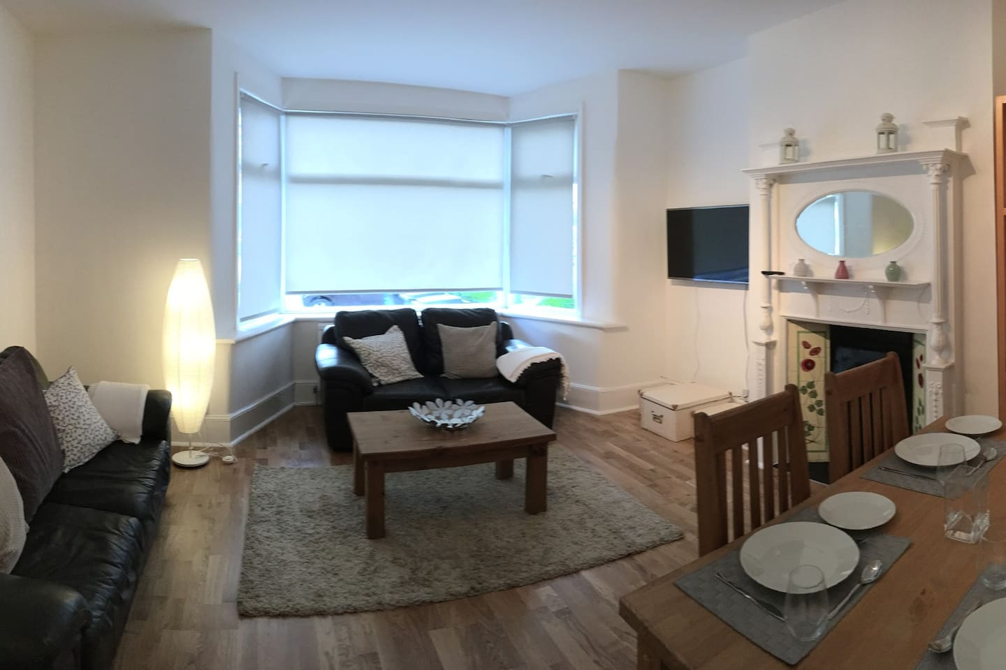 Lovely warm cosy lounge/dining room with original fireplace