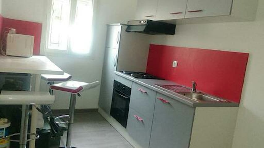 FLAT 25 sqm2 next to Paris - very secured - 4 pax - Saint-Leu-la-Forêt - Apartment
