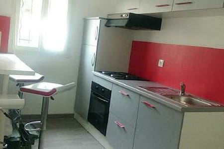 FLAT 25 sqm2 next to Paris - very secured - 4 pax - Saint-Leu-la-Forêt - Appartement