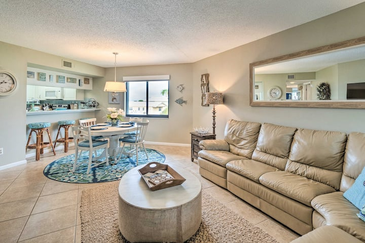 Anna Maria Island Resort Condo w/ Pool Access!