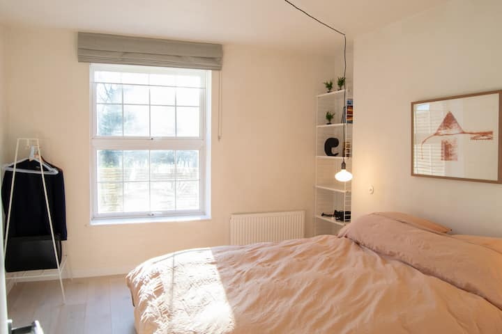 Modern and Spacious 1-Bed in Charming Islington