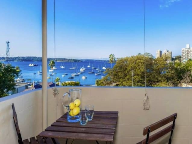 Dbl in ultra-modern ElizBay flat w stunning views! - Elizabeth Bay - 公寓