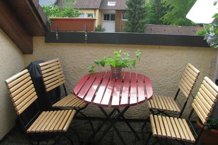 2 Zimmer Wohnung mit Flair - Wilhelmsdorf - Lejlighed