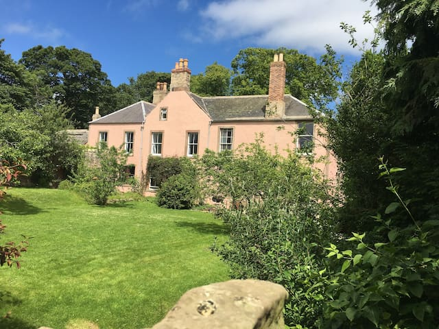 Swinton Manse  (Country House in a Rural Idyll) .